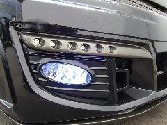 エリシオンプレステージ ジュールフロントバンパー専用純正フォグランプ取付パネル