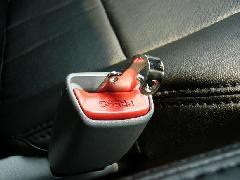 アウディーA3 シートベルト警告音ストッパー