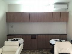美容院 カウンター収納/吊戸棚