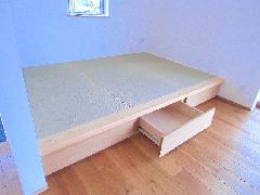 個人邸宅 畳コーナー(床下収納付き)