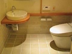 商業施設 多機能トイレ