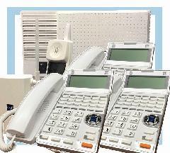 主装置 + コードレス電話機1台 + 固定電話機3台