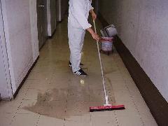 八王子市 ビルの床清掃
