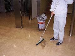 江戸川区 ビルの床清掃