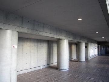 東京千代田区某大学の喫煙所設置工事