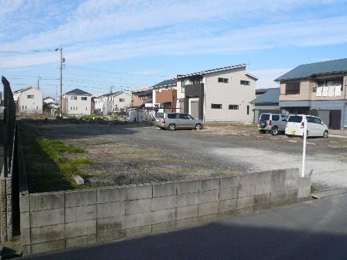北名古屋市の砕石鋤取り・ブロック撤去工事