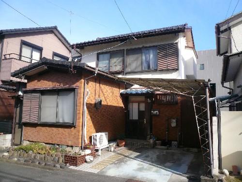 愛知県岩倉市の軽量鉄骨造2階建住居解体工事