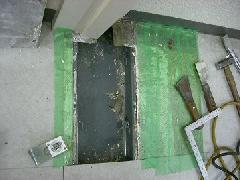 床埋め込み型防火戸クローザー交換