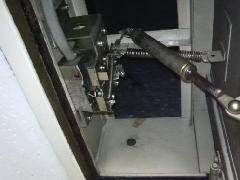 排煙口ラッチ交換工事