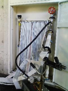 屋内消火栓ホース耐圧試験風景
