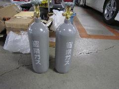 消火設備用ガス容器弁交換事例