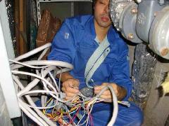 非常放送設備の電路調査改修事例