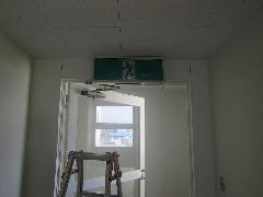 川口市内のクリニックにて誘導灯交換事例を更新しました。
