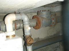 中央区の病院にて連結送水管耐圧試験を実施
