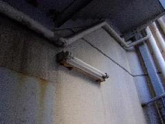 階段通路灯の交換事例