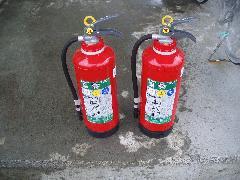 消火器薬剤詰替え事例