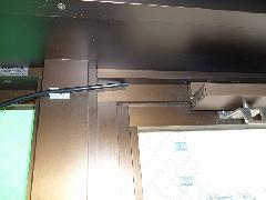 排煙窓ワイヤー・アウター引き換え修理