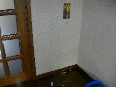 一般住居内の排煙窓ワイヤー修理