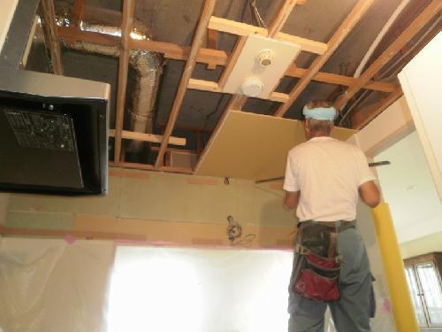 天井ボード取付
