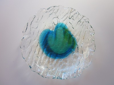 琉球ガラス皿「潮騒でこぼこ皿(S)」緑/水