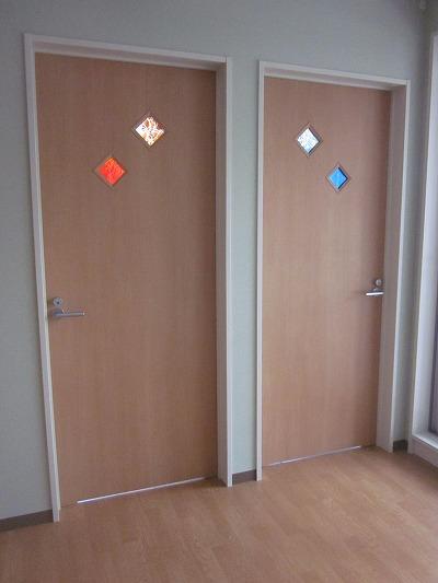STAFFルーム入口ドア