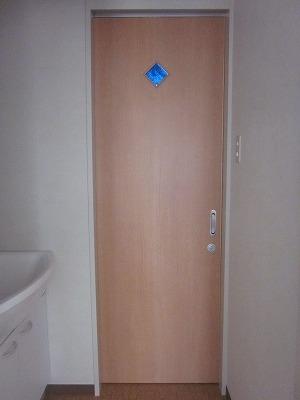 トイレ引戸(琉球ガラス)