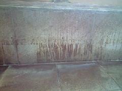 堆積付着した温泉鉱物の薬剤特殊洗浄事例