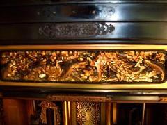 仏壇洗浄事例 | 拭くと剥がる金箔と木部も綺麗に
