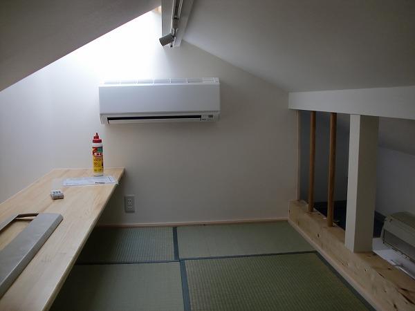 屋根裏に子ども部屋と書斎の増設