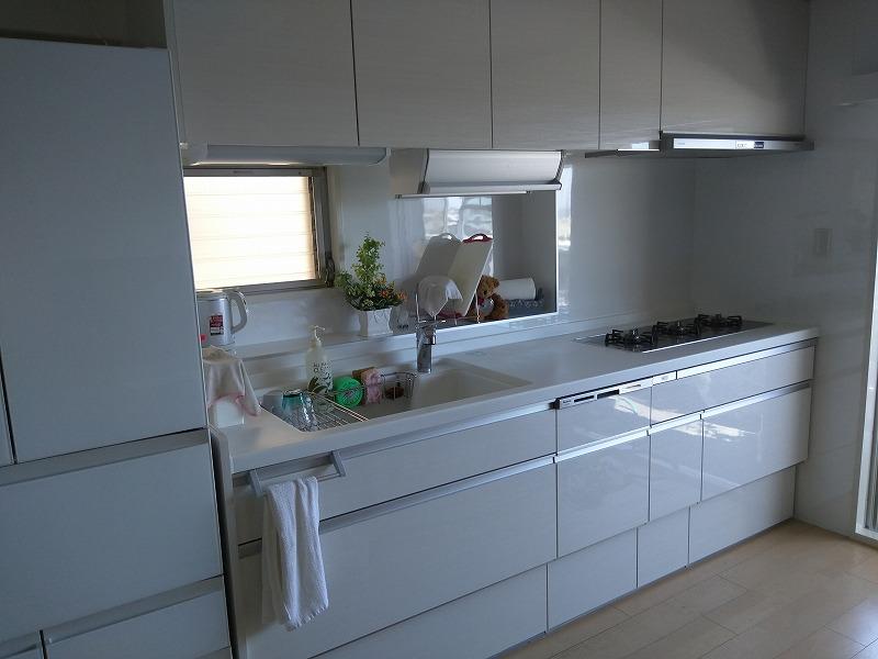キッチン、換気扇取替え工事