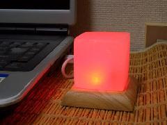 パワーストーン(ヒマラヤ岩塩)ランプ レッド キューブ型(送料込)