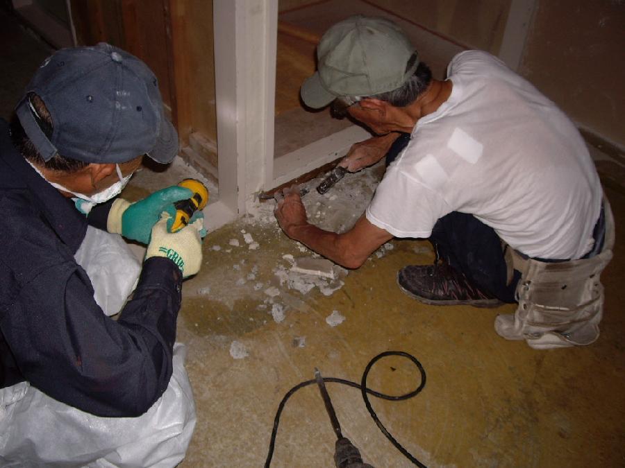 コンクリート特殊清掃