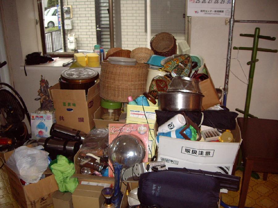 大量の荷物整理