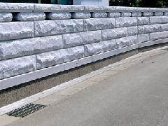 埼玉県 御影石の石塀工事