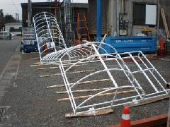 階段部分のテントの骨組み(内部照明式)千間台