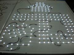 LEDサイン 点灯テスト中