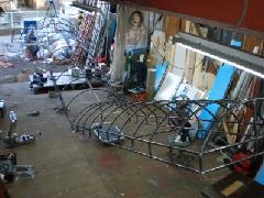 階段テントの骨組み(内照明式テント)