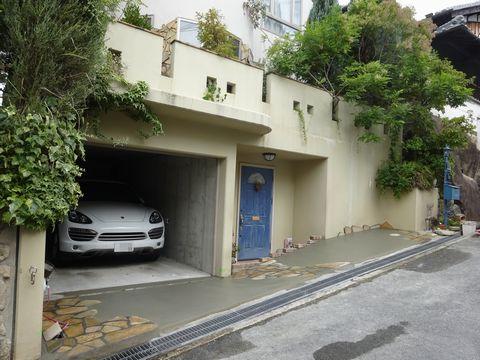 駐車スペースの拡張 (スロープ フランス風外構 オープン外構)  豊中市