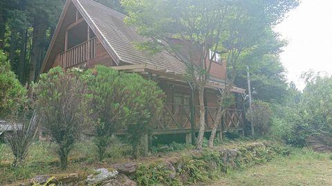 木製パーゴラ風テラス屋根 (東吉野村ログハウス)