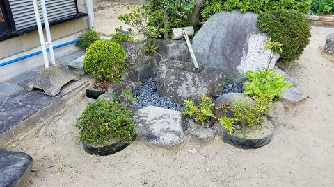 庭終い ステップ1(通路の改善、植栽スペースの限定)