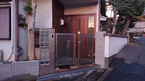 玄関ドア入替に伴う外構門扉リフォーム (東大阪市西石切)