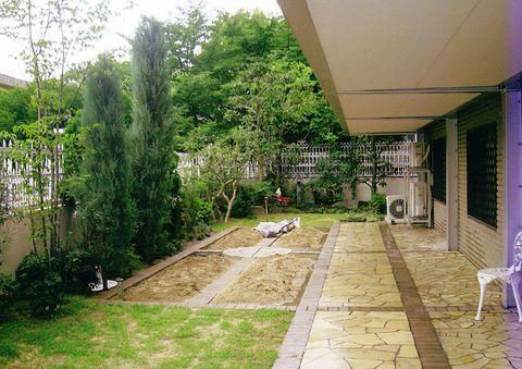菜園ガーデン(コニファーガーデン、ウッドフェンス)