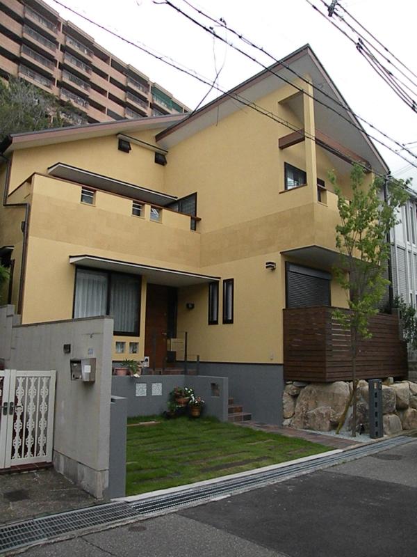 神戸 大土平町の家