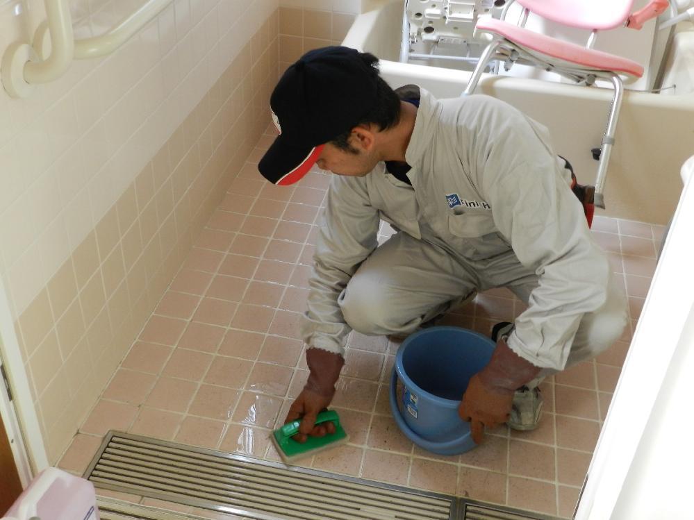 浴室 防滑工事