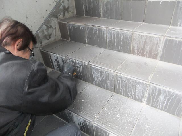 階段の滑り止め対策