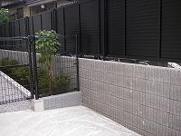 ブロック塀、グレーチングの設置・取り付け工事