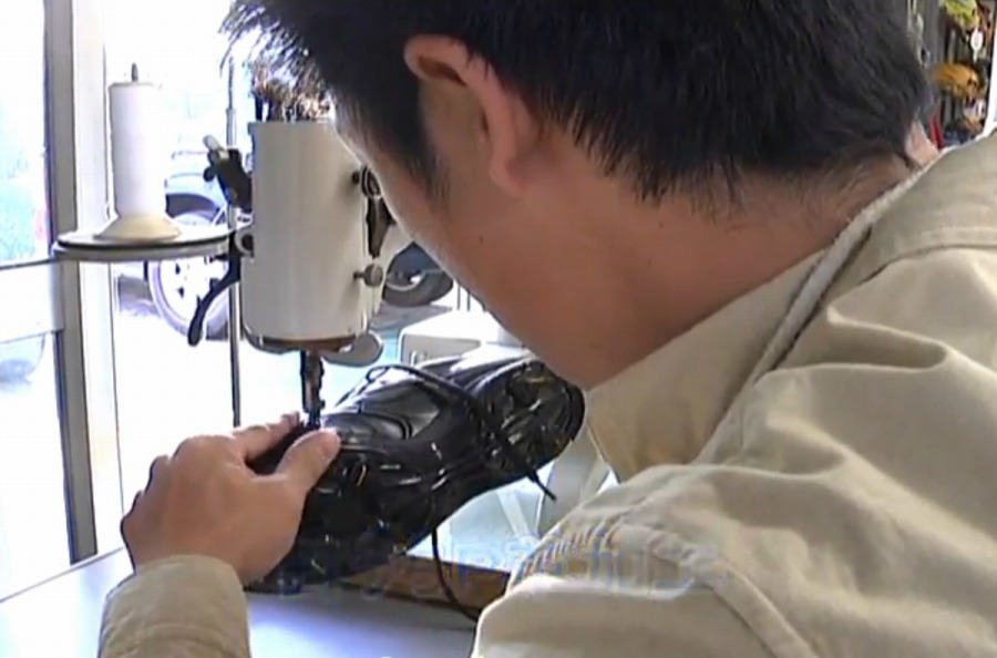 スパイク アッパー縫い釘打ちP革加工(樹脂底スパイク対応)