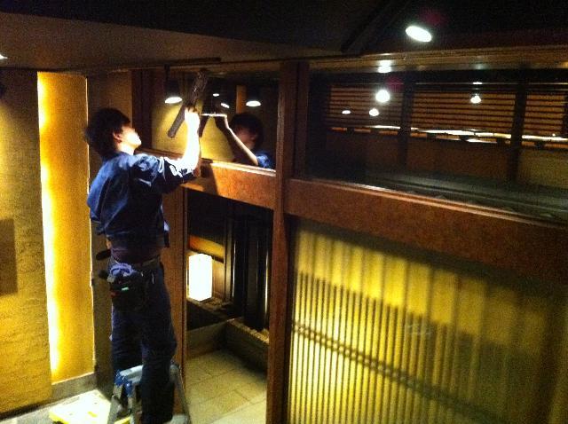 東京新橋の居酒屋の定期清掃