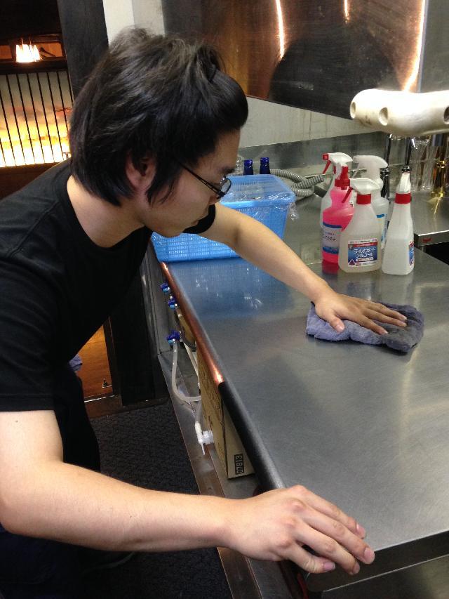 東京都内店舗の厨房清掃