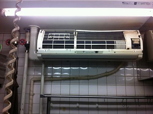 東横線沿いの飲食店で業務用エアコン清掃を実施しました!